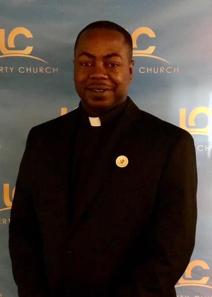 Minister Derrick Davis